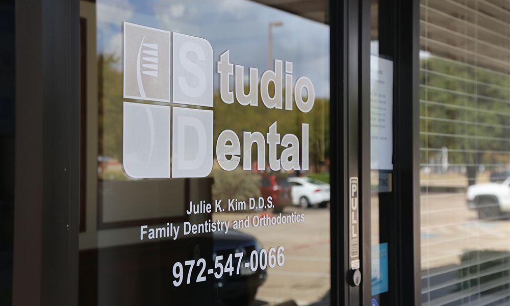 Front door of Studio Dental